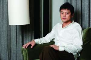 李亚鹏确认彻底退出娱乐圈 专注从商做慈善_0资讯生活